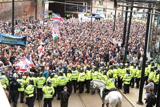 تظاهرات ضد نژاد پرستی و ریاضت اقتصادی در لندن