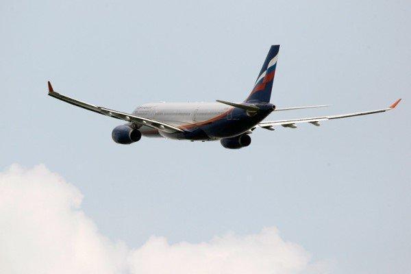 بلیط هیچ مسافری از فرودگاه اهواز لغو نشده است