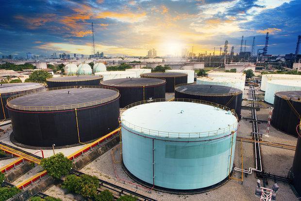 کوشش آمریکا برای آسیب زدن به صادرات نفت ایران به خودش آسیب می زند