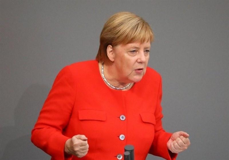 تاکید مرکل بر لزوم تصمیم گیری سریع درباره ریاست آینده کمیسیون اروپایی