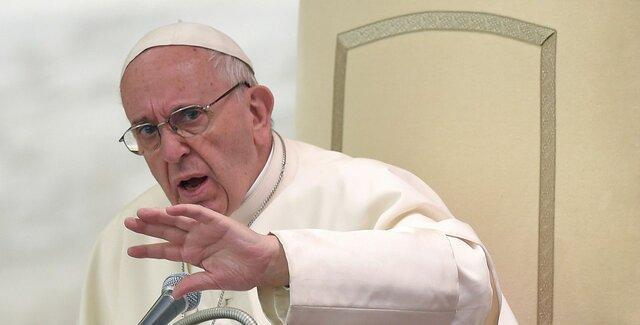 محافظه کاران کلیسای واتیکان از پاپ هم جلو زدند!